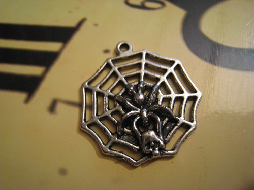 Charm Spinneweb zilver